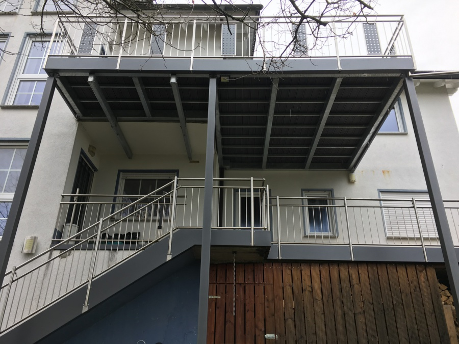 Montagebau Marc Zettl - Stahl-Balkon Erweiterungen